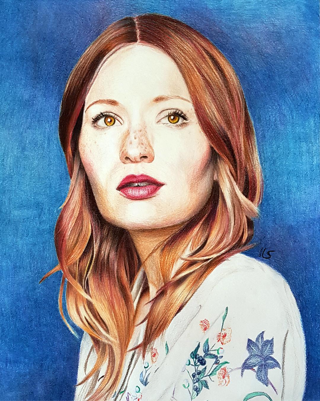 Portrait d'Emily Browning aux crayons de couleur par Laurie Sénacq
